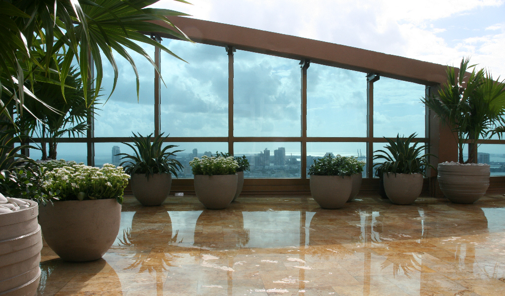 Miami terrace, patio & roof-top garden design